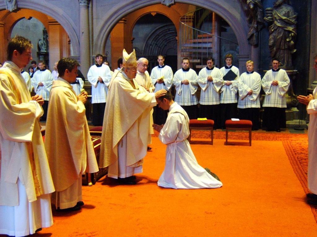Ordinaziun sacerdotala.