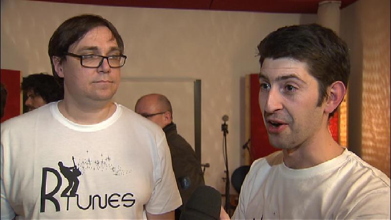 Ils fundaturs dad R-tunes: Manfred Zazzi (sanester) e Michel Decurtins (dretg).