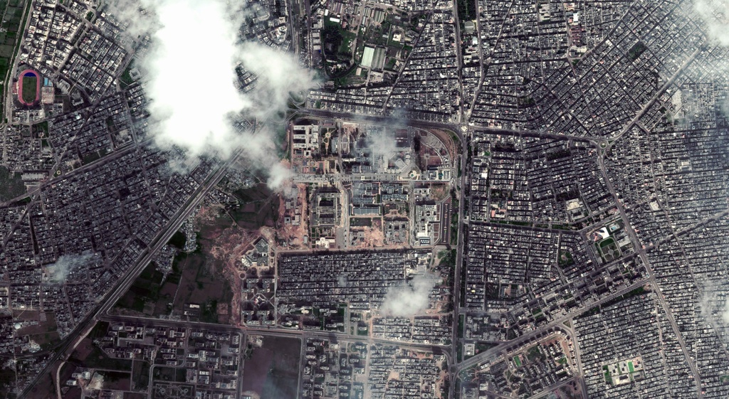 archiv: Il bumbardament a Homs lascha enavos ses fastizs.