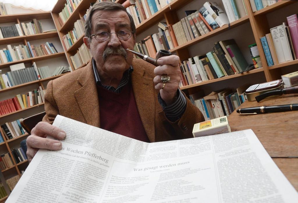 Ils scriptur Günter Grass ha vilentà l'Israel cun ina poesia.