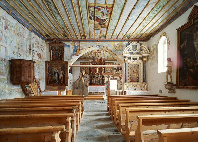 Baselgia St. Paul a Razén, in project da la Pro Patria.