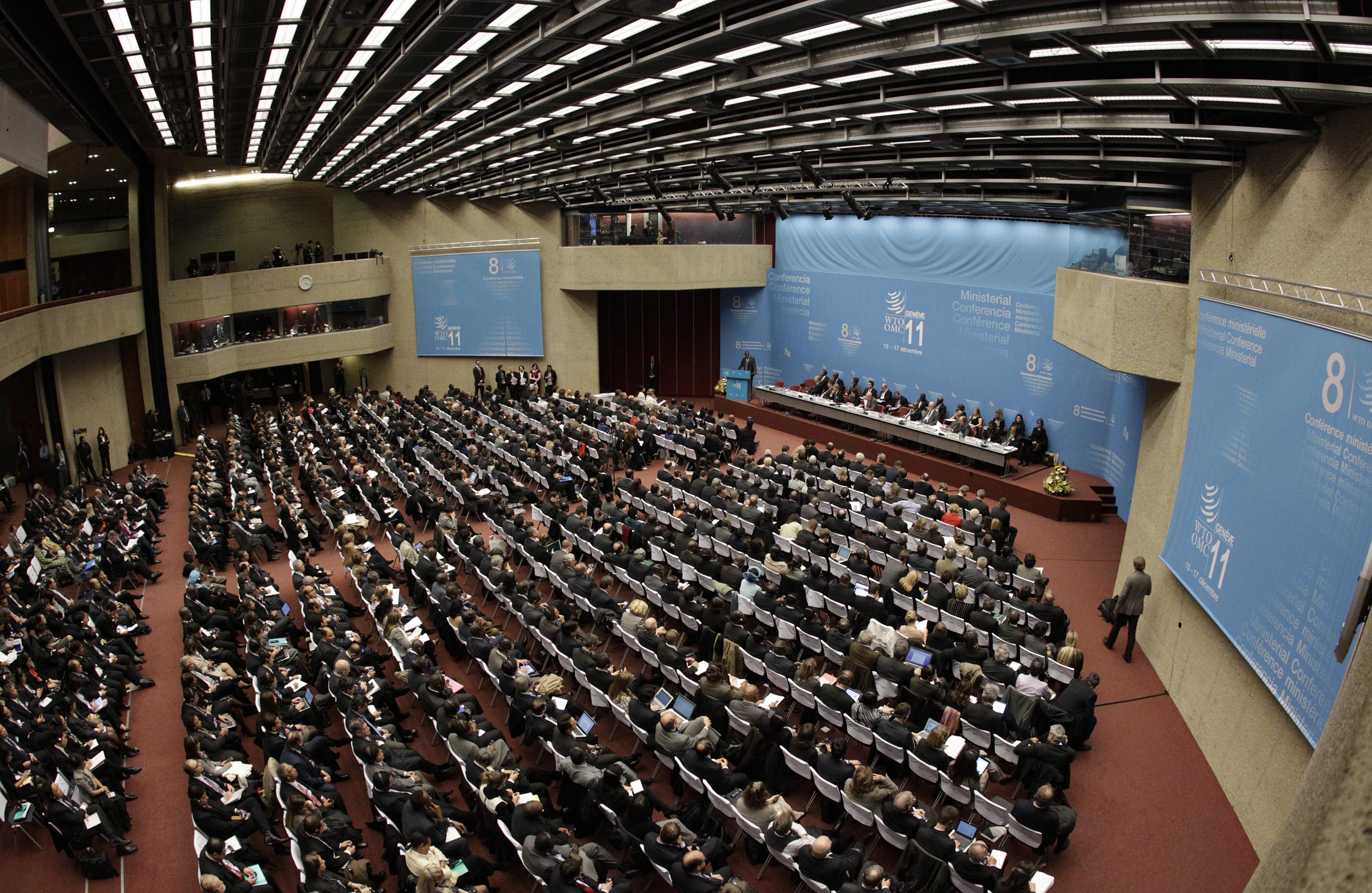 Ils commembers da la WTO durant ina sesida a Genevra.