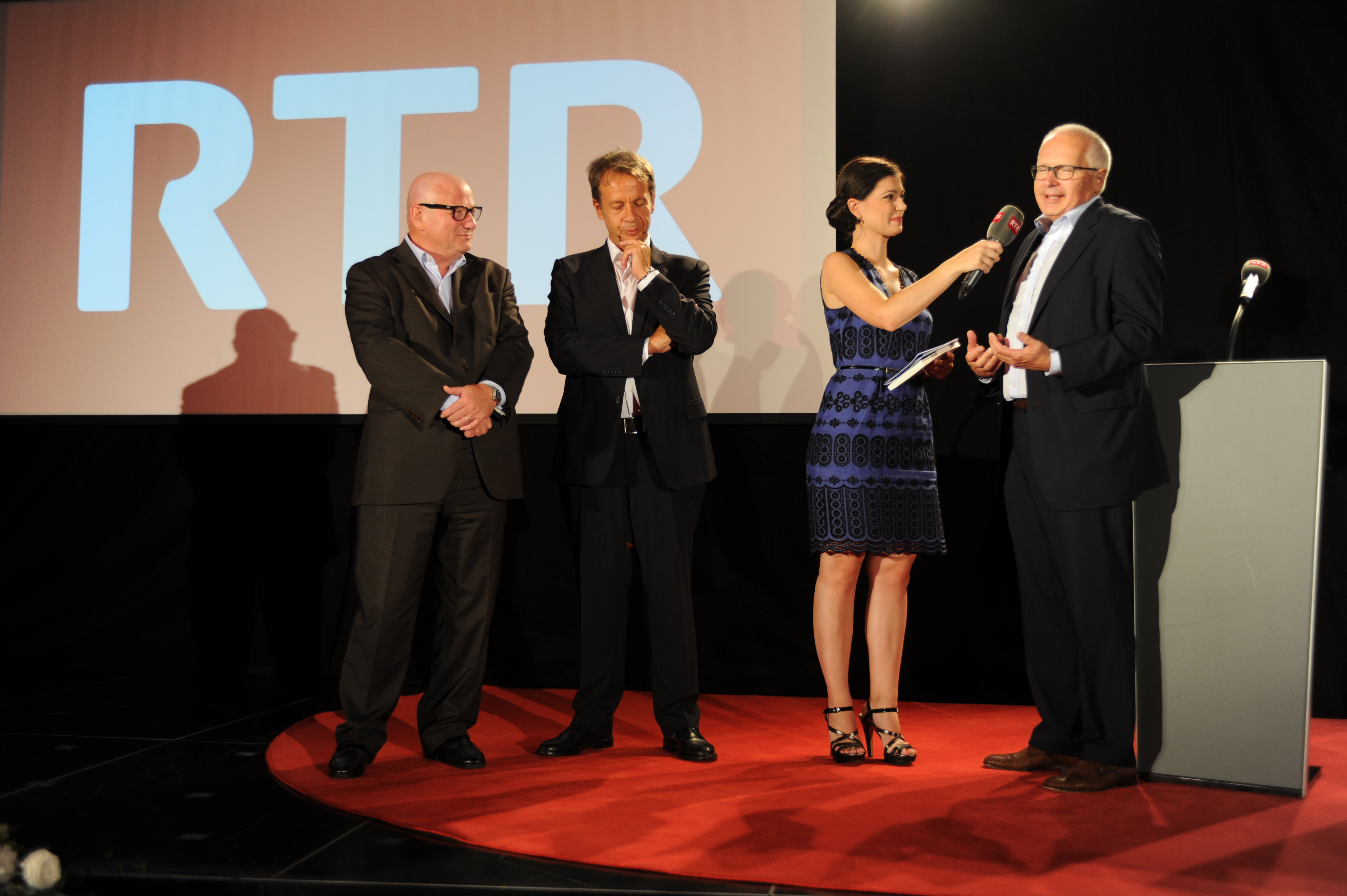 Per Ruedi Matter, directur SRF, èn ils programs dad RTR adina bainvis ed in enritgiment sin ils chanals dad SRF.