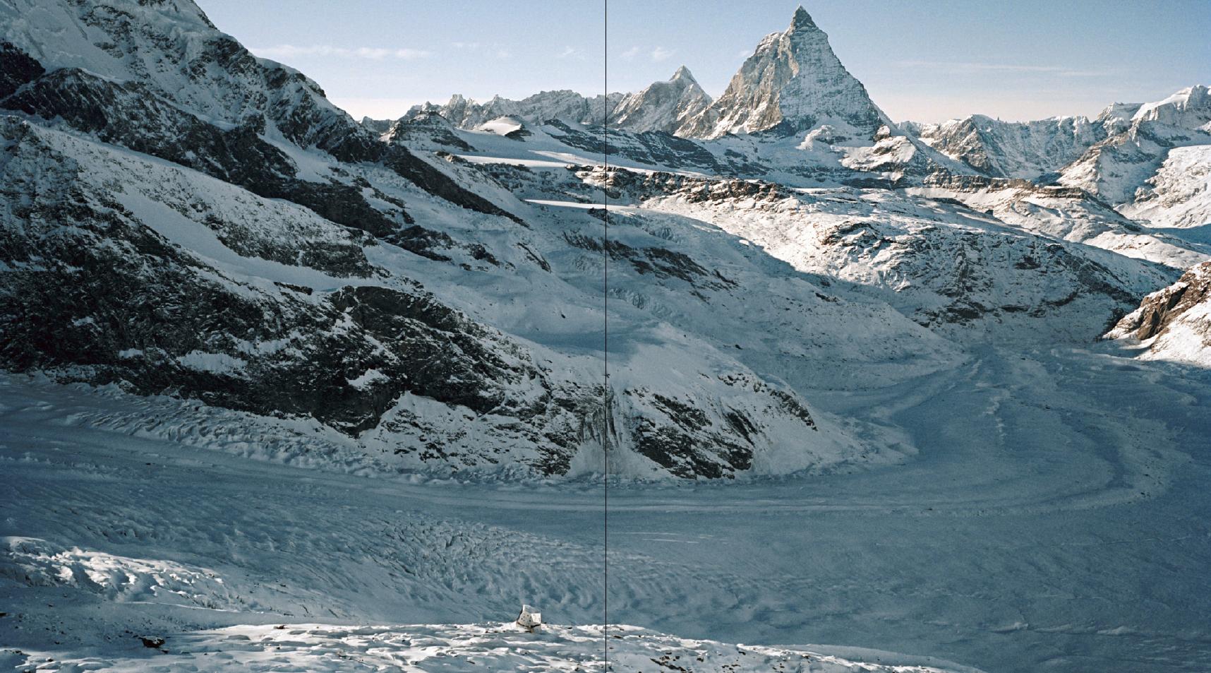 Impressiun dal cudesch Amurs: Chamanna Monte Rosa, Zermatt.