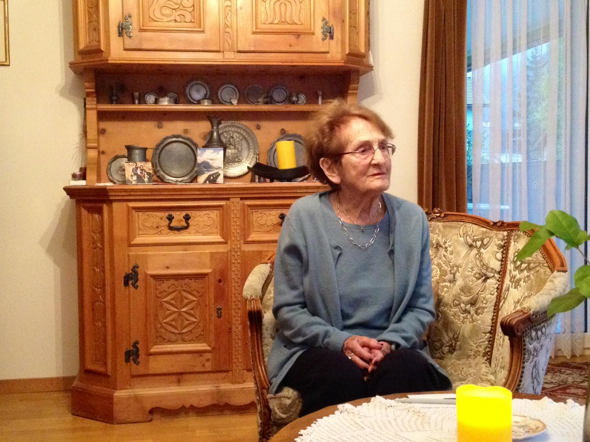 Sabina Bundi ha oz 94 onns. Ella era en il FHD dal 1938 fin l'onn 1946.