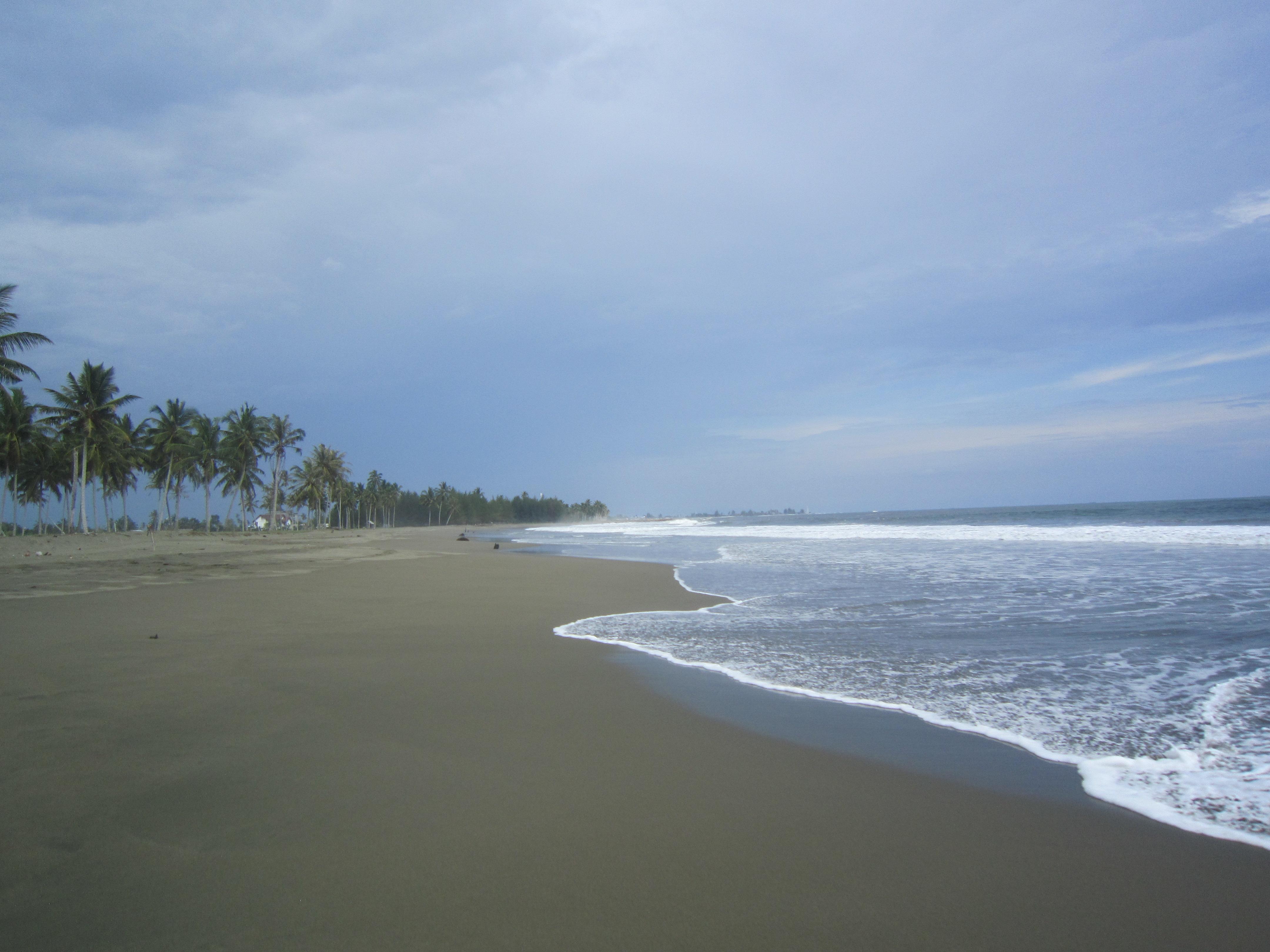 La riva da la mar a Meulaboh.