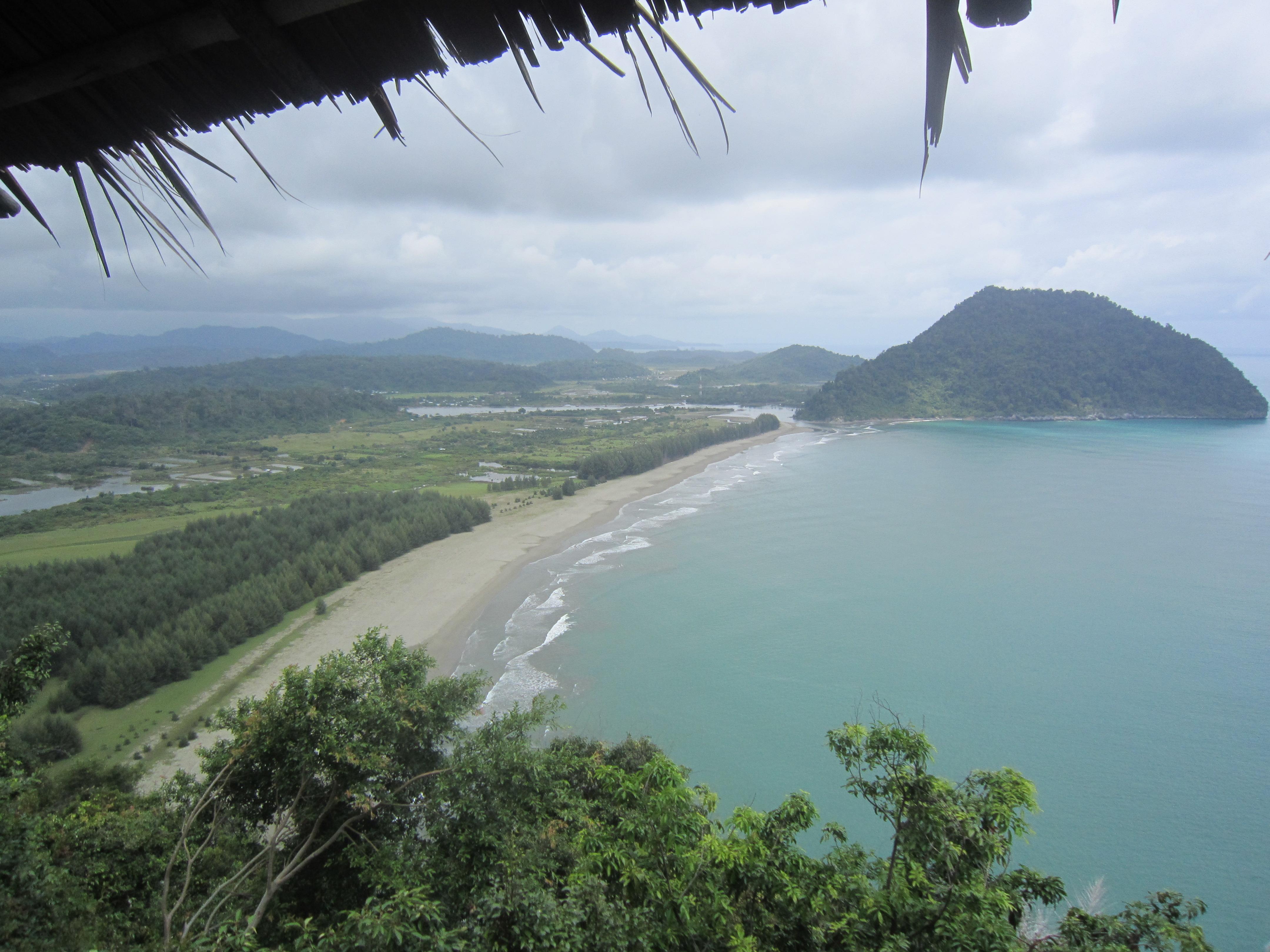 Vista tranter Banda Aceh e Meulaboh.